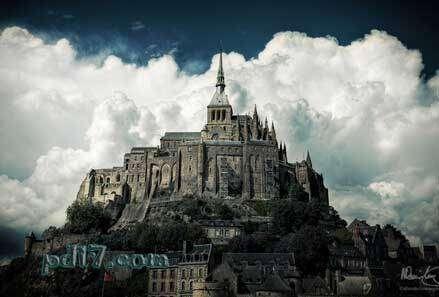 世界上最美的城堡Top9:蒙圣米歇尔