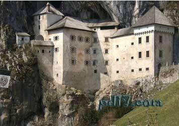 奇特的悬崖上的建筑Top7:普利雅玛城堡