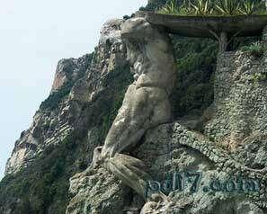奇特的悬崖上的建筑Top6:蒙特罗索海王星之神