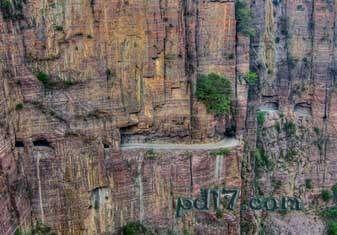 奇特的悬崖上的建筑Top3:郭亮隧道