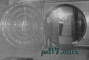 人工做出的巨大设施设备Top9:克利夫兰联邦储备银行金库门