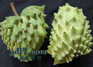 长相怪异的水果Top2:释迦凤梨