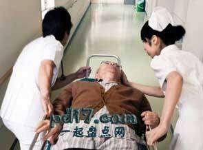 1995年东京地铁毒气事件Top4:确诊的前夕