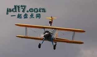 极限运动的致命事故Top5:机翼行走