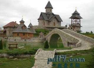 波黑特殊的景点Top4:Stanisic Etno村庄
