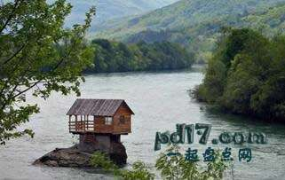 波黑特殊的景点Top3:德里纳河房子