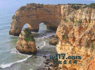 世界上著名的自然拱门Top9:眼镜拱门