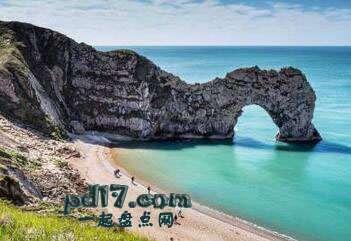 世界上著名的自然拱门Top5:Durdle门