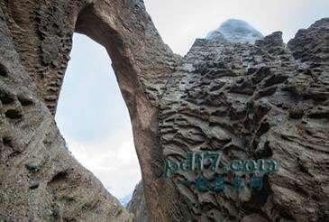 世界上著名的自然拱门Top2:Shipton的拱门