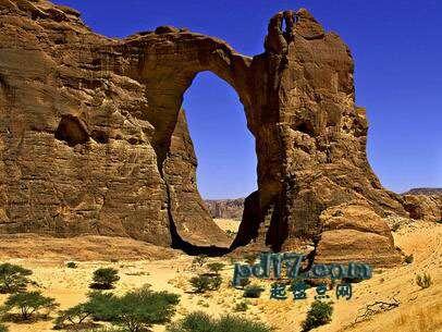 世界上著名的自然拱门Top1:Aloba拱门