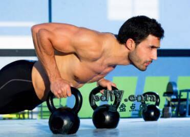 练腹肌的注意事项Top9:混合练习